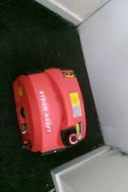 Strom generator 2000 watt tel 07421742589