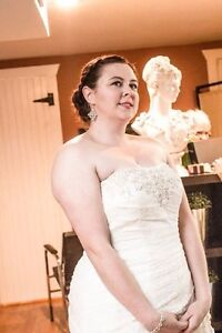 16w lace wedding gown