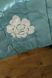 Brand new king size bed runner and cushion cover