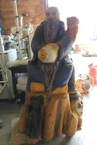 Online auction of wooden chainsaw carvings & tools London Ontario image 4