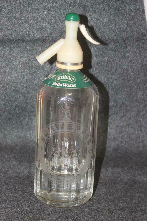 VTG. 1936 SCHWEPPES SELTZER SODA WATER BOTTLE MAJESTY OF THE KING ETCHED