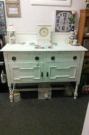 Shabby chic side Board