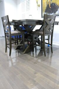 ALLINGTON Pub style dining  table w/ 4 chairs