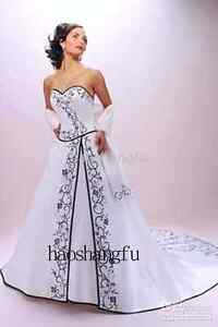 Stunning Black and White Wedding Dress Size 18