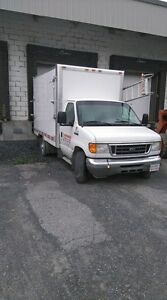 Camion cube 2005 Ford F-350
