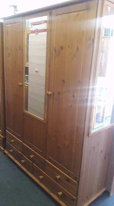 3 DOOR REAL PINE WOOD WARDROBE WITH ON 2 MIRROR £200 ONLY