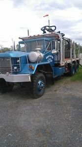 Camion militaire Truck cargo 5 Ton 6x6 1974