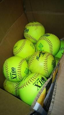Softballs 52/275 - 12 SOFTBALLS