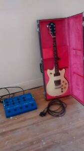 Guitare ROLAND G-303 + Synthetiseur GR-300