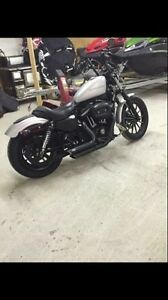 Selling my iron 883