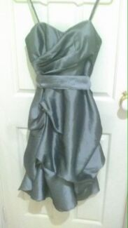 Wanted: Size 6/8 grey ruffle dress HIRE OR BUY!