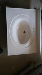 new bathroom sink $50.00 located in New Waterford