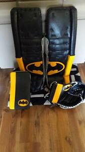 35+2 Customp STOMP Goalie Pads and CCM Gloves for Ball Hockey