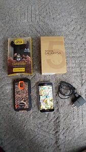 Samsung Galaxy S5 and case