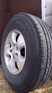 pneu d'été avec mags 245/75/16