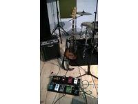 Bassist/Bass player seeking established band