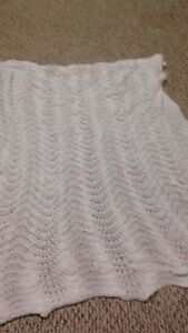 Handmade (light) baby blanket