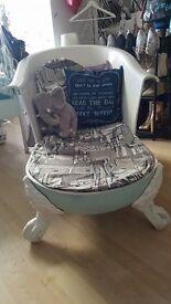 Unique One of a Kind Clawfoot Bathtub Chair/ Chaise Longue