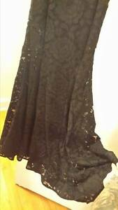 Evening Dress Very Elegant, Black lace Windsor Region Ontario image 2