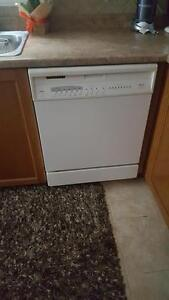 GREAT CONDITION DISHWASHER