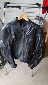 Men's 'HEIN GERICKE' black leather biker jacket - UK size 32