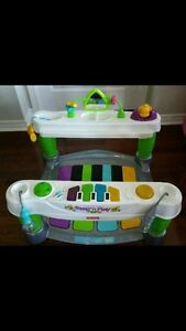 Step and Play Baby Piano In Excellent Condition!!