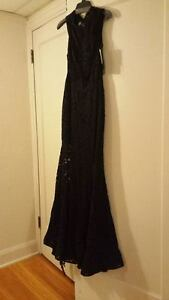 Evening Dress Very Elegant, Black lace Windsor Region Ontario image 3