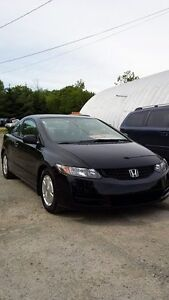 2010 Civic Coupe ((NEW MVI TODAY)) Call or text 209-9180