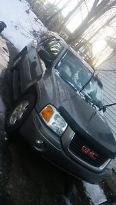 2006 GMC ENVOY 4x4 SELL OR TRADE FOR CAMPER