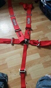 2 Racing Harnesses