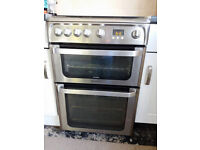 Gas Cooker & Kitchen Cabinets