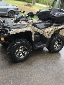 2014 can am outlander 1000XT. Possible trade on sled