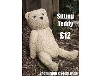 Garden Ornament Teddy,s.