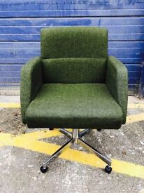 RETRO 1970's DESK/ OFFICE CHAIR - Antique Retro Vintage