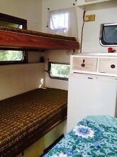 Retro family caravan Uki Tweed Heads Area Preview