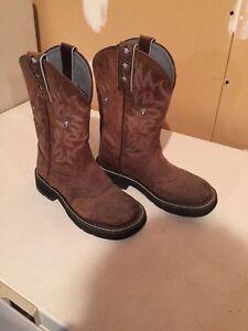 Size 6 women's cowboy boots