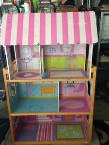 Kids dolls house + Furniture Beaudesert Ipswich South Preview