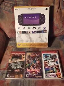 PSP CONSOLE COMPLETE IN BOX + DARKSTALKERS GTA ETC