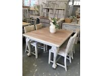 Beautiful shabby chic table & 4 chairs