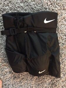 Brand new Nike hockey pants size youth lg