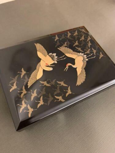 Antique Japanese box lacquerware Crane VERY GOOD, BEAUTIFUL BOX