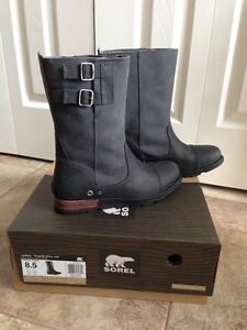 Sorel size 8.5 brand new boots Major Pull On