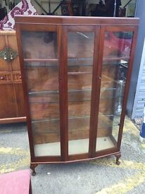 Gorgeous Antique Mahogany Bookcase/ Display Cabinet