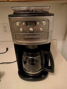 Machine à café cuisinart vaut  broue le café et programable
