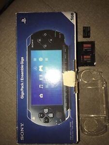 ***Consoles, jeux et accessoires Sony pour échange....