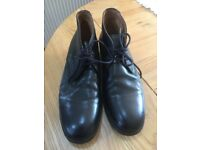 Mens Black Leather Short Boots UK Size 9 (EU 43) Leather Inners & Outers With Man Made Rubber Soles