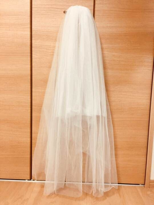 FINGERTIP LENGTH VEIL- OFF WHITE WITH COMB