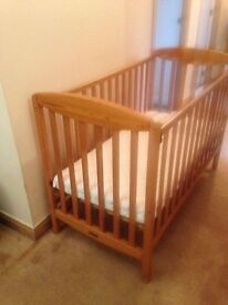 Mamas and Papas Gallery Cot