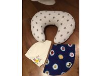 Nursing pillow baby with three covers - excellent condition