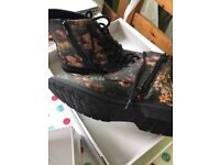 BRAND NEW Floral boots